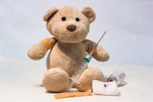 ヨークシャーテリア子犬ワクチン接種写真、